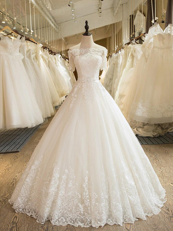 Ball Gown Floor-Length Applique Off-the-Shoulder 1/2 Sleeves Tulle Wedding Dresses