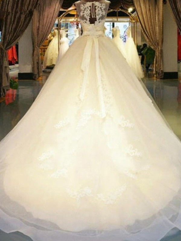 Ball Gown Sweep/Brush Train Beading Off-the-Shoulder Sleeveless Lace Wedding Dresses