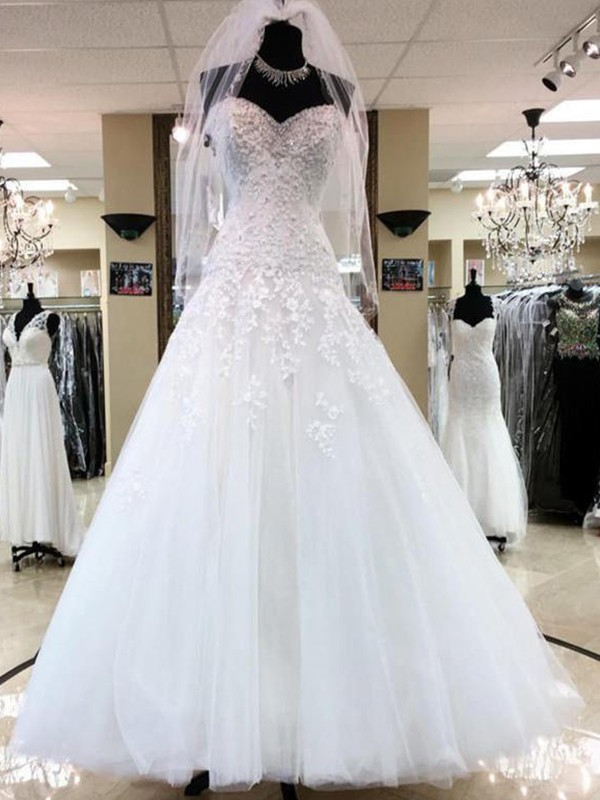 Ball Gown Floor-Length Applique Sweetheart Sleeveless Tulle Wedding Dresses