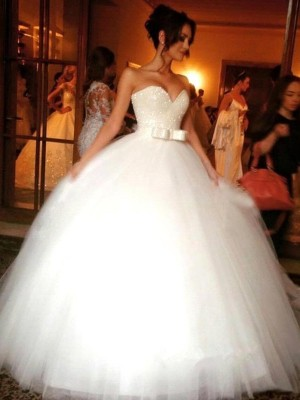 Ball Gown Sweetheart Floor-Length Tulle Sleeveless Bowknot Wedding Dresses