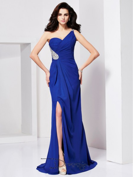 A-Line/Princess Sleeveless Pleats Beading Sweep/Brush Train Chiffon One-Shoulder Dresses