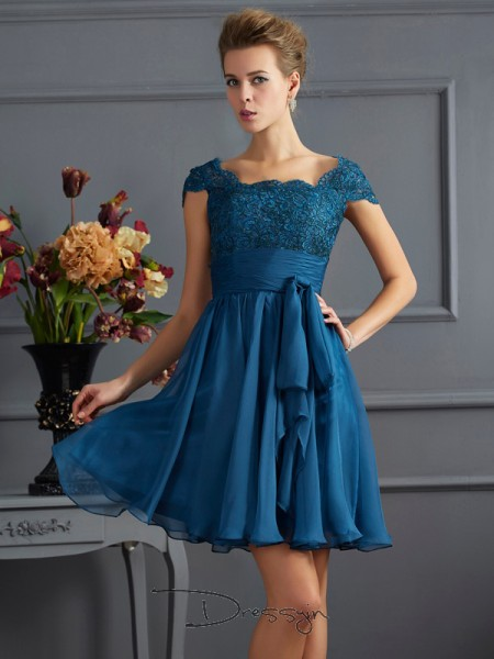 A-Line/Princess Short Sleeves Lace Short/Mini Chiffon Scoop Dresses