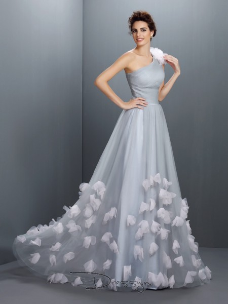 A-Line/Princess Sleeveless Net Hand-Made Flower One-Shoulder Floor-Length Dresses