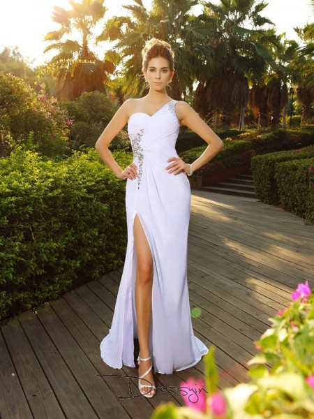 A-Line/Princess Sleeveless Chiffon Beading One-Shoulder Court Train Wedding Dresses
