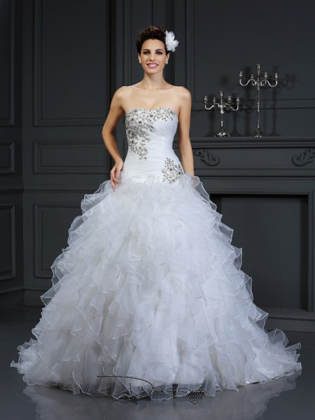 Ball Gown Sleeveless Organza Beading Strapless Chapel Train Wedding Dresses