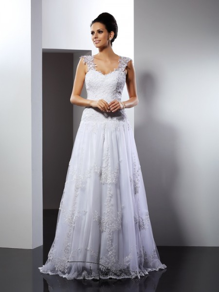 A-Line/Princess Sleeveless Lace Applique Straps Court Train Wedding Dresses