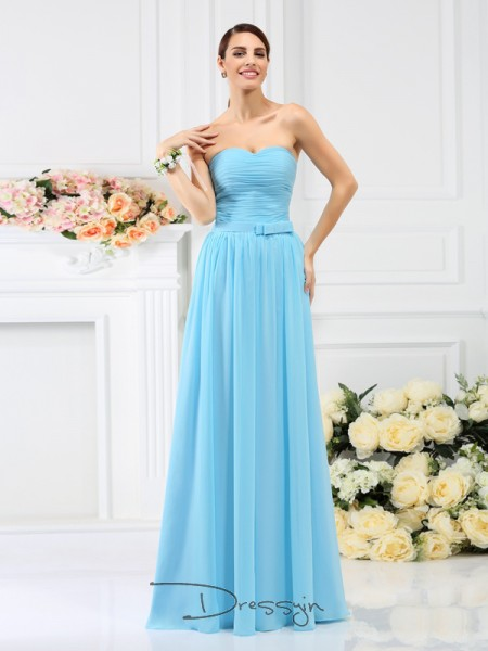A-Line/Princess Sleeveless Chiffon Hand-Made Flower Sweetheart Floor-Length Bridesmaid Dresses