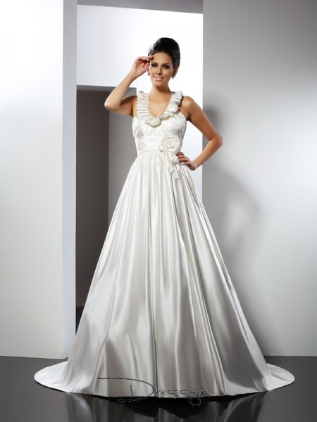 A-Line/Princess Sleeveless Hand-Made Flower Satin Chapel Train Halter Wedding Dresses