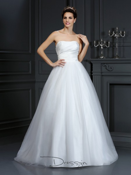 Ball Gown Sleeveless Pleats Taffeta Court Train Strapless Wedding Dresses
