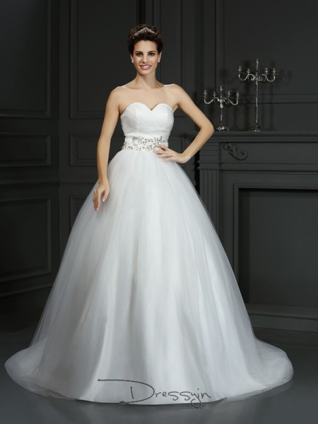 Ball Gown Sleeveless Beading Net Court Train Sweetheart Wedding Dresses