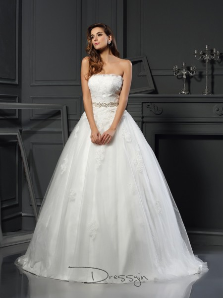 Ball Gown Sleeveless Applique Net Court Train Strapless Wedding Dresses