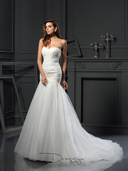 Trumpet/Mermaid Sleeveless Applique Tulle Chapel Train Sweetheart Wedding Dresses