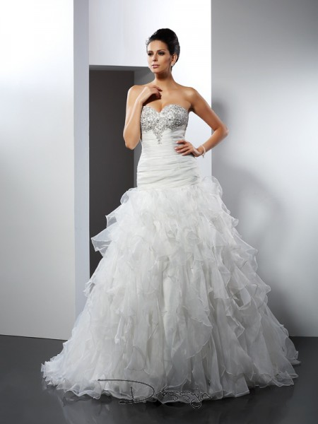 Ball Gown Sleeveless Ruffles Tulle Court Train Sweetheart Wedding Dresses
