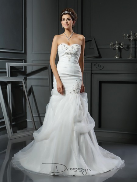 Trumpet/Mermaid Sleeveless Beading Applique Net Chapel Train Sweetheart Wedding Dresses