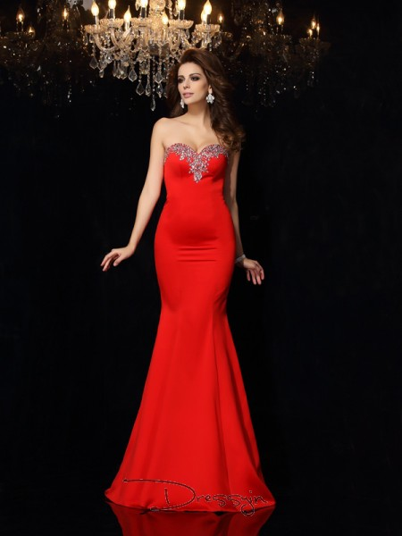 Sheath/Column Sleeveless Beading Satin Court Train Sweetheart Dresses