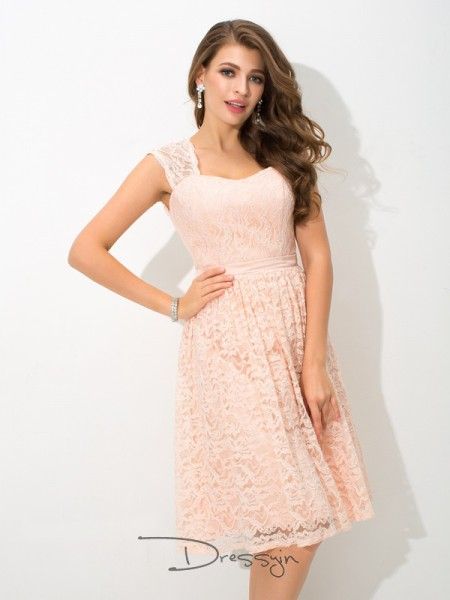 A-Line/Princess Sleeveless Lace Knee-Length Lace Straps Bridesmaid Dresses