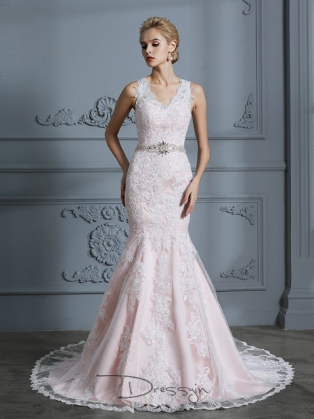 Trumpet/Mermaid V-neck Tulle Sleeveless Applique Court Train Wedding Dress
