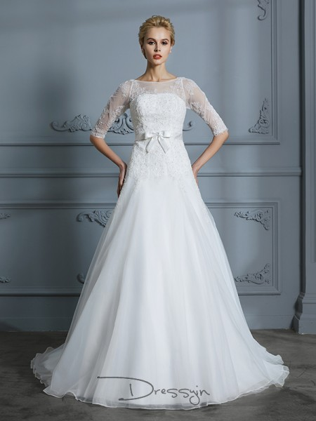 A-Line/Princess Scoop Tulle 1/2 Sleeves Lace Court Train Wedding Dress
