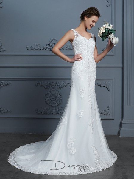 Trumpet/Mermaid V-neck Tulle Sleeveless Lace Court Train Wedding Dress