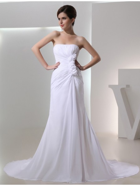 A-Line/Princess Pleats Hand-Made Flower Beading Strapless Chapel Train Sleeveless Chiffon Wedding Dresses