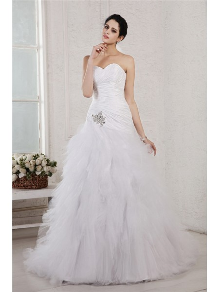 A-Line/Princess Applique Sweetheart Court Train Sleeveless Taffeta Net Wedding Dresses