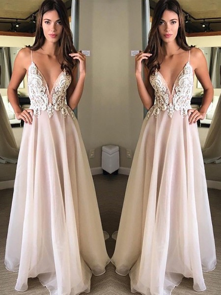 A-Line/Princess Chiffon Applique Sweep/Brush Train Sleeveless Spaghetti Straps Dresses