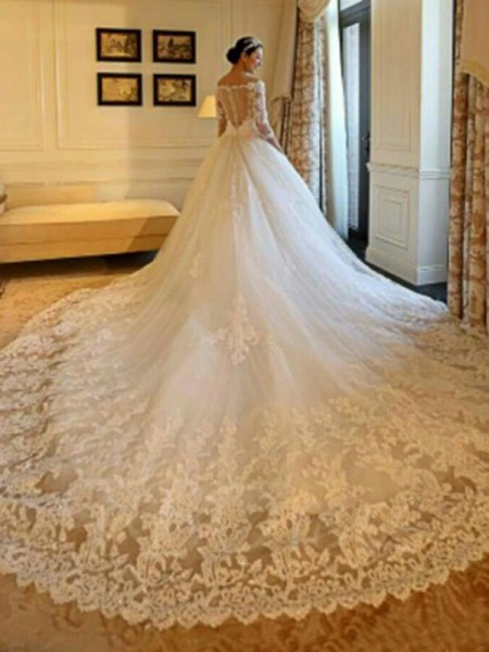 Ball Gown Cathedral Train Beading Off-the-Shoulder 3/4 Sleeves Tulle Wedding Dresses