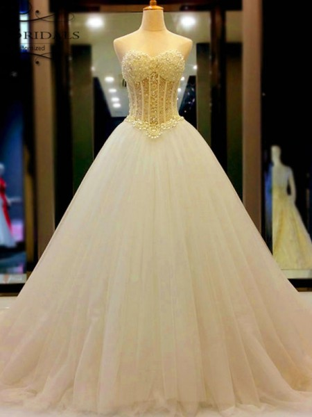 Ball Gown Court Train Beading Sweetheart Sleeveless Tulle Wedding Dresses