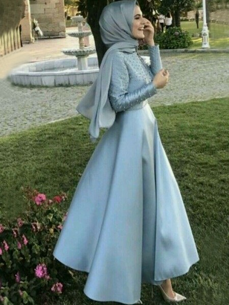 A-Line/Princess Beading Floor-Length Scoop Long Sleeves Satin Muslim Dresses