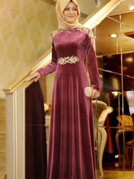 A-Line/Princess Ruffles Floor-Length Scoop Long Sleeves Velvet Muslim Dresses
