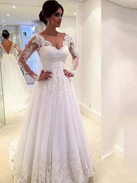 Ball Gown V-neck Sweep/Brush Train Tulle Long Sleeves Lace Wedding Dresses