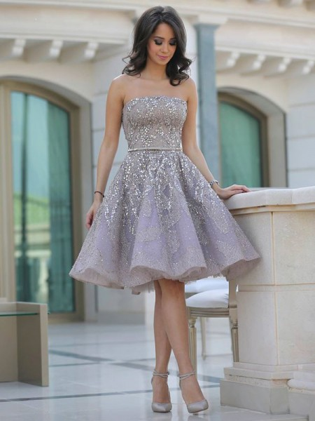 A-line/Princess Tulle Strapless Sleeveless Knee-Length Sequin Dresses