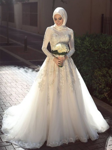 Ball Gown Jewel Applique Sweep/Brush Train Long Sleeves Tulle Wedding Dresses