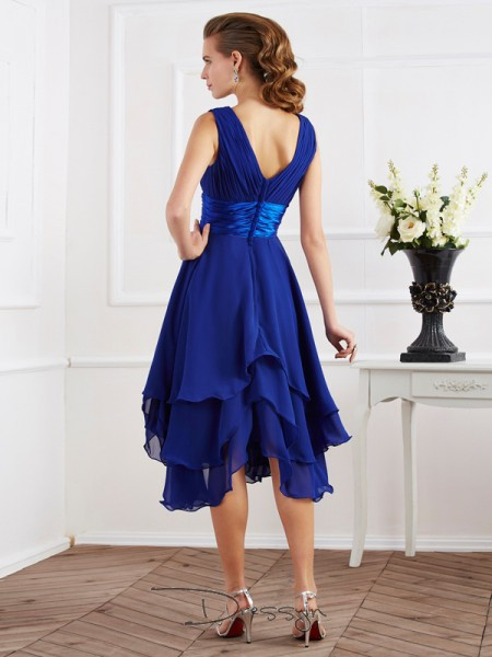 A-Line/Princess Short Sleeves Pleats Tea-Length Chiffon V-neck Bridesmaid Dresses