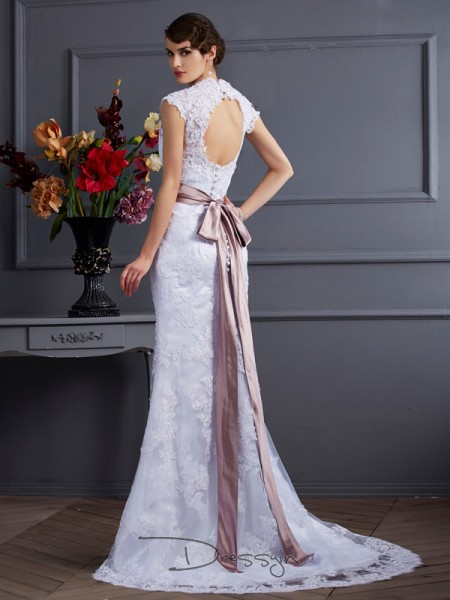 Trumpet/Mermaid Sleeveless Applique Lace Sweep/Brush Train Satin Wedding Dresses