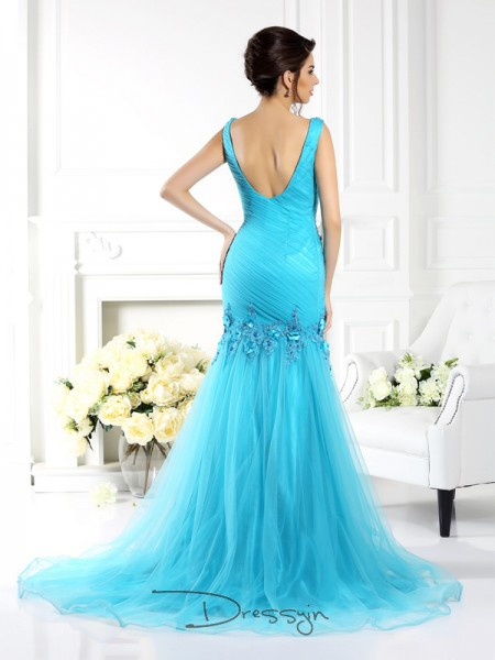Trumpet/Mermaid Sleeveless Silk like Satin Applique Straps Sweep/Brush Train Dresses