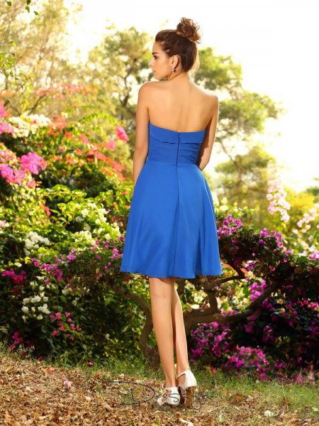 A-Line/Princess Sleeveless Chiffon Pleats Sweetheart Knee-Length Bridesmaid Dresses
