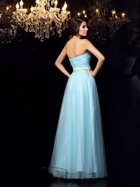 Ball Gown Sleeveless Satin Sash/Ribbon/Belt Strapless Floor-Length Dresses