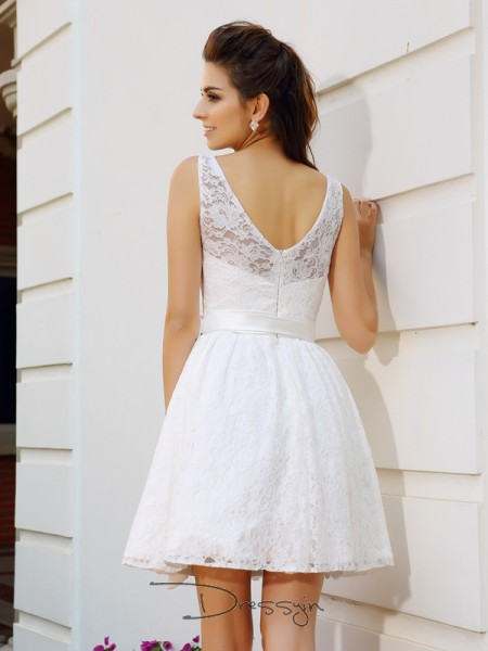 A-Line/Princess Sleeveless Lace Sash/Ribbon/Belt Scoop Short/Mini Dresses