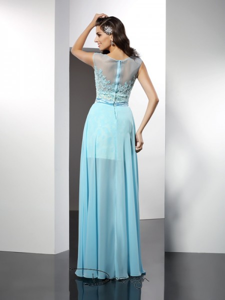A-Line/Princess Sleeveless Chiffon Applique Bateau Floor-Length Dresses