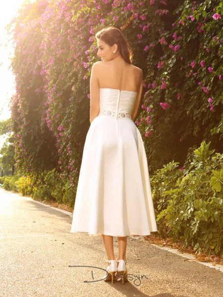 A-Line/Princess Sleeveless Beading Satin Tea-Length Sweetheart Wedding Dresses