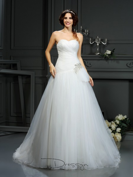 A-Line/Princess Sleeveless Beading Organza Court Train Sweetheart Wedding Dresses