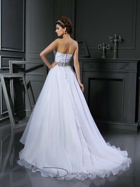 Ball Gown Sleeveless Beading Satin Court Train Sweetheart Wedding Dresses