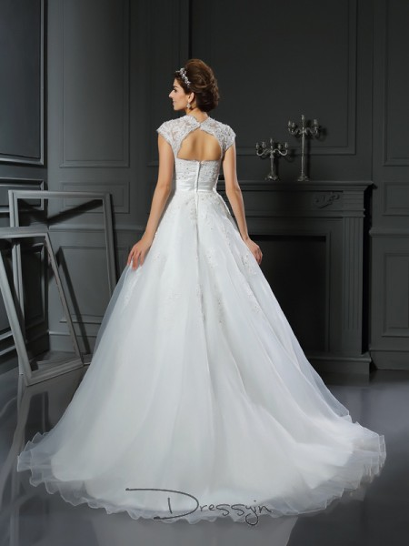 Ball Gown Sleeveless Beading Applique Organza Chapel Train Square Wedding Dresses