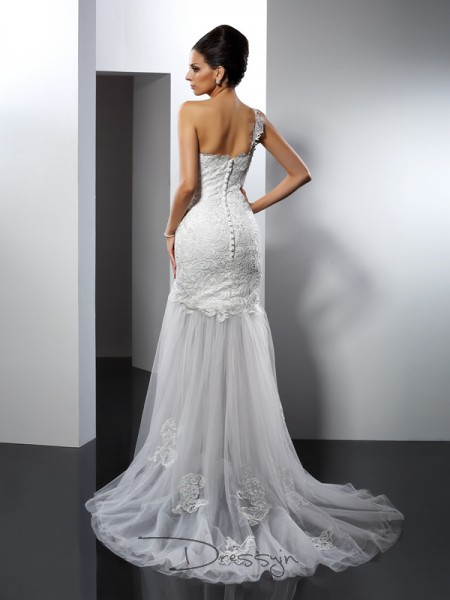 Trumpet/Mermaid Sleeveless Lace Lace Chapel Train One-Shoulder Wedding Dresses