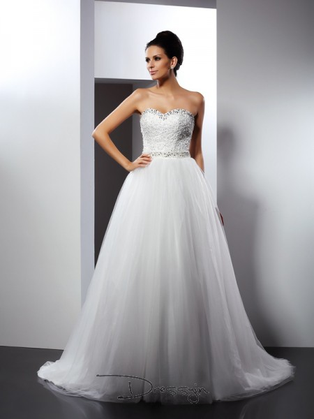 A-Line/Princess Sleeveless Beading Tulle Chapel Train Spaghetti Straps Wedding Dresses