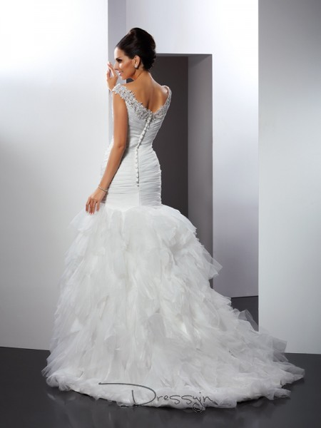 Trumpet/Mermaid Sleeveless Applique Tulle Cathedral Train V-neck Wedding Dresses