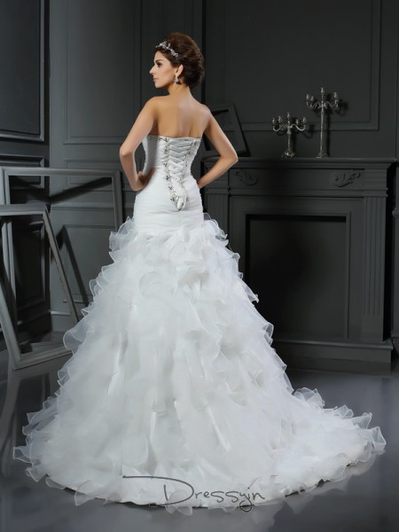 Trumpet/Mermaid Sleeveless Ruffles Organza Chapel Train Sweetheart Wedding Dresses