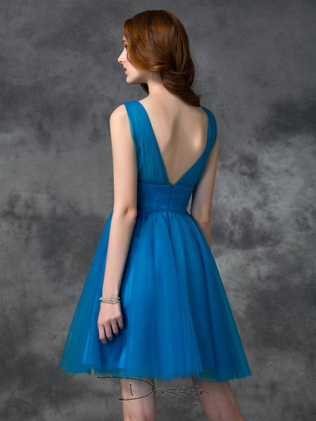A-Line/Princess Sleeveless Short/Mini Satin V-neck Bridesmaid Dresses