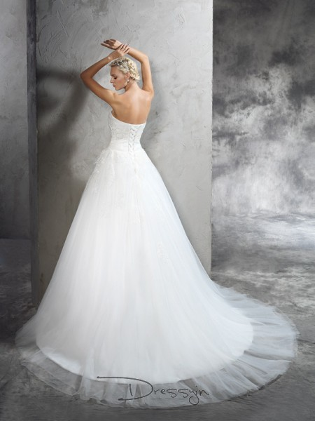 Ball Gown Sleeveless Applique Court Train Satin Strapless Wedding Dresses